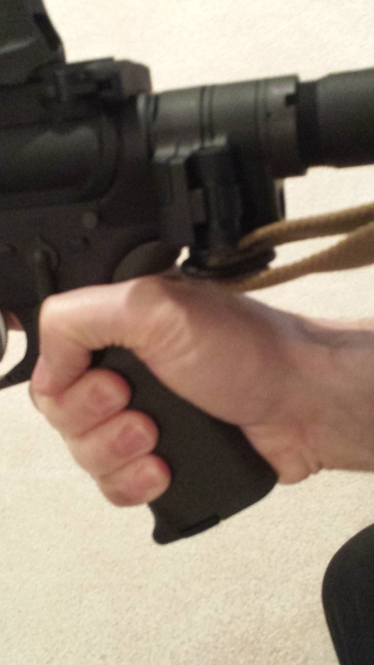 Utilizing the QD Socket on the underside of the hinge creates issues with the firing hand.